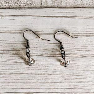 💙3/$12 Francesca's Silver Crystal Dangle Earrings